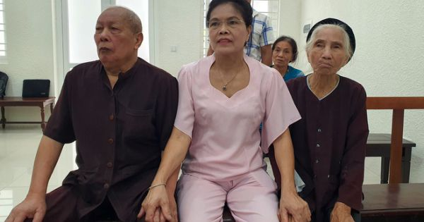 Vụ con dâu khai tử bố mẹ chồng bị đề nghị điều tra