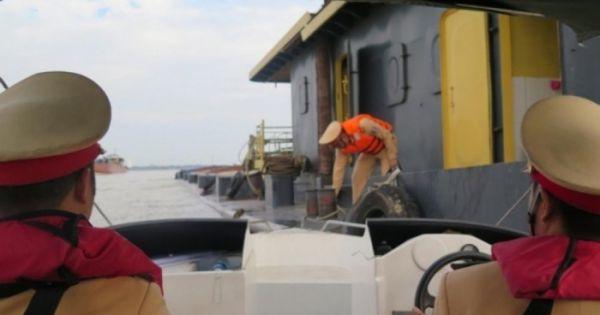 Liên tiếp nhiều đối tượng trộm cắp đèn báo hiệu đường thủy bị bắt giữ