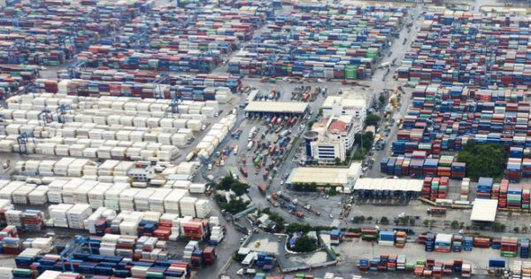 1.100 container phế liệu nhập về từ năm 2018 bị buộc tái xuất