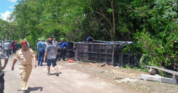 Khởi tố chủ phương tiện trong vụ lật xe du lịch 37 người thương vong tại Quảng Bình