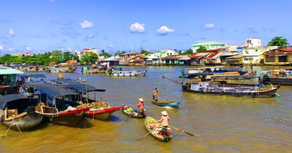 Mở du lịch đường sông khai thác kinh tế đêm tại chợ nổi Cái Răng
