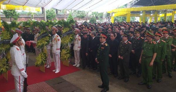 Lãnh đạo Chính phủ, Quân đội đến viếng 13 liệt sĩ hi sinh ở Rào Trăng