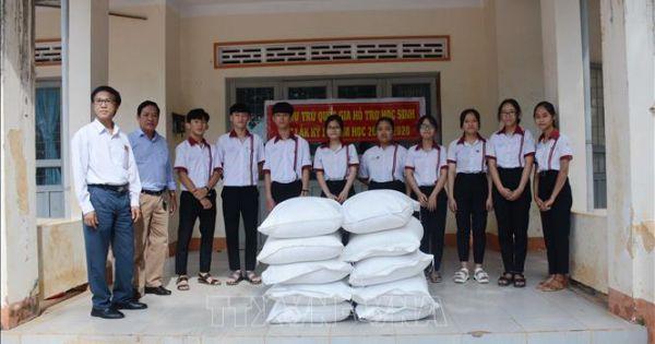 Hơn 1.500 tấn gạo hỗ trợ học sinh vùng đặc biệt khó khăn hai tỉnh Gia Lai - Kon Tum
