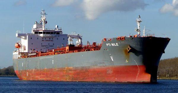 Tàu dầu Hong Kong bị tấn công ở vùng biển châu Phi