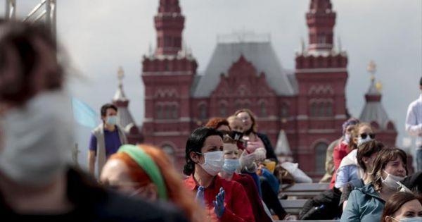 Covid-19: Số ca mắc mới ở Nga tăng kỉ lục