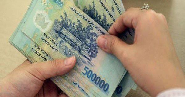 Khởi tố nhân viên ngân hàng rút hơn 4,4 tỷ đồng của khách tại TP.HCM