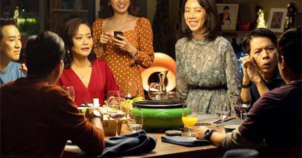 'Tiệc Trăng Máu' thu 45 tỷ đồng, thiết lập lại thói quen ra rạp xem phim của khán giả Việt