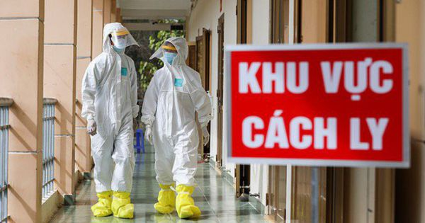 Hai chuyên gia Ấn Độ và 1 người Việt mắc COVID-19