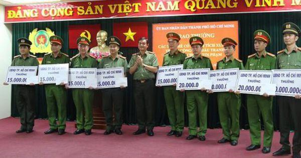 Khen thưởng các đơn vị phá đường dây đưa ma túy từ Campuchia về TPHCM
