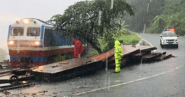 Phương tiện cố tình đi vào vùng nguy hiểm khi bão đổ bộ sẽ bị phạt nặng