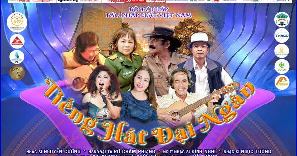 """Liên hoan """"Tiếng hát Đại ngàn"""" toàn quốc lần thứ 1: Tiếng hát của thí sinh Rmah Thĩ, ca khúc dự thi: Tôi Yêu Cô Gái Jarai – sáng tác của Phi Ưng"""