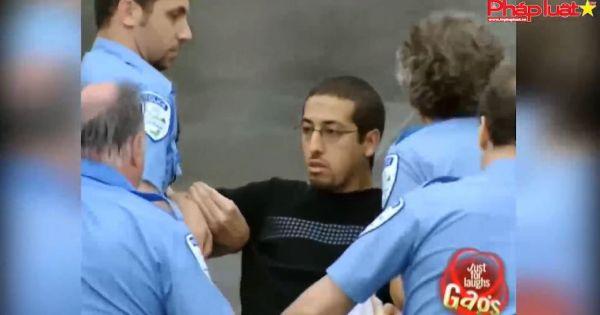 Bất ngờ bị Police bắt... rồi thả?