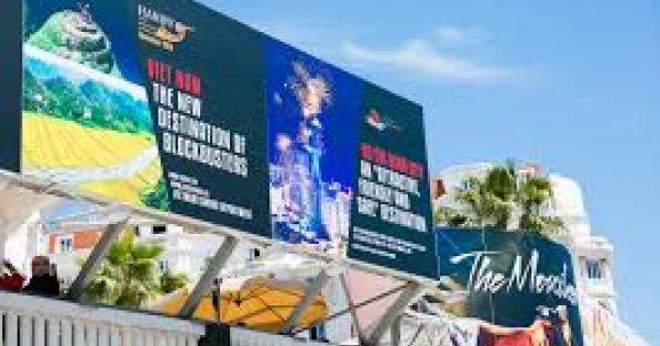 Lý Nhã Kỳ lên tiếng về tấm pano in hình mình ở Cannes