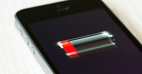 Apple thừa nhận cố tình làm chậm các dòng iPhone cũ