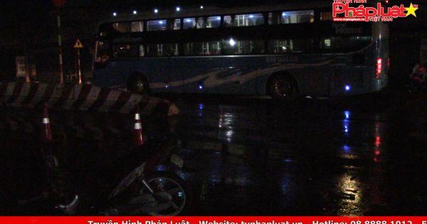 Bình Dương: Tông xe khách đang rẽ sang đường, người đàn ông tử vong thương tâm