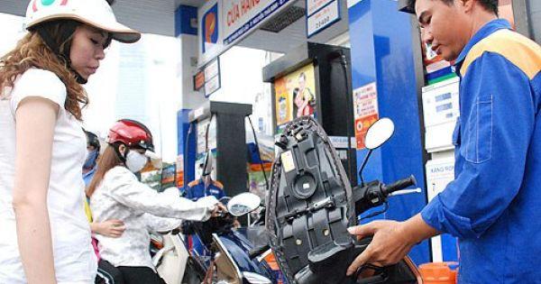 Các đầu mối xăng dầu hưởng lợi hơn 3.300 tỷ từ thuế nhập khẩu ưu đãi