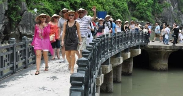 Việt Nam đón hơn 2,8 triệu khách Quốc tế trong 2 tháng đầu năm