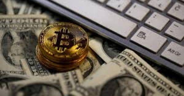 Khi SEC tăng cường kiểm soát tiền số khiến Bitcoin sụt giảm