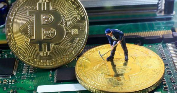 Bitcoin tăng giá nhẹ ở ngưỡng 8.000 USD