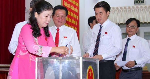Nguyên Thứ trưởng Bộ Tư pháp Lê Tiến Châu được bầu làm Chủ tịch UBND tỉnh Hậu Giang
