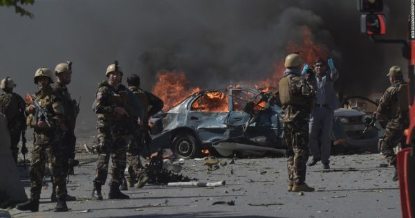 Afghanistan: Đánh bom liên tiếp dịp lễ Eid al-Fitr, nhiều người thương vong