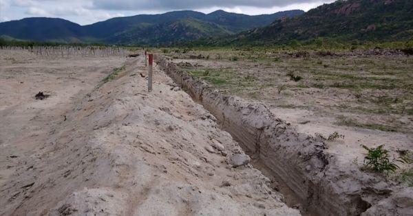 Bỗng nhiên mất đất, hàng chục người dân Tuy Phong kêu cứu