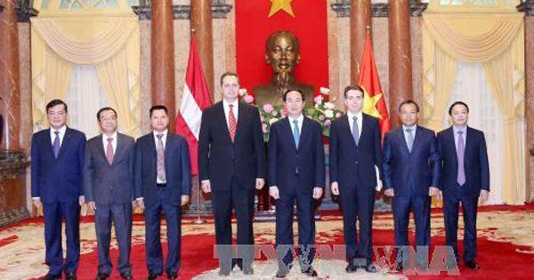 Điểm báo ngày 08/08/2018: Chủ tịch nước Trần Đại Quang tiếp các Đại sứ trình Quốc thư