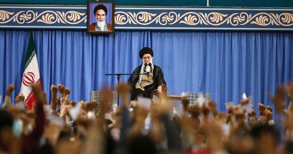 Iran bác bỏ khả năng chiến tranh lẫn đàm phán với Mỹ