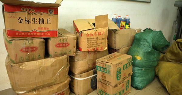 Tiêu hủy gần 1 tấn nguyên liệu trà sữa nhập lậu