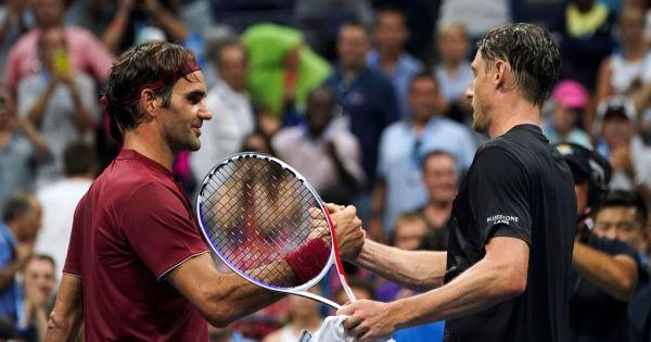 US Open: Roger Federer bị loại đầy bất ngờ tại vòng 4