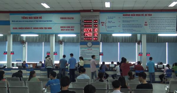 Hơn 100.000 vé tàu Tết Kỷ Hợi 2018 được đặt mua tại ga Sài Gòn