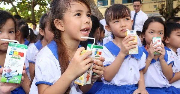 Ba đơn vị chính thức tham gia đấu thầu chương trình Sữa học đường