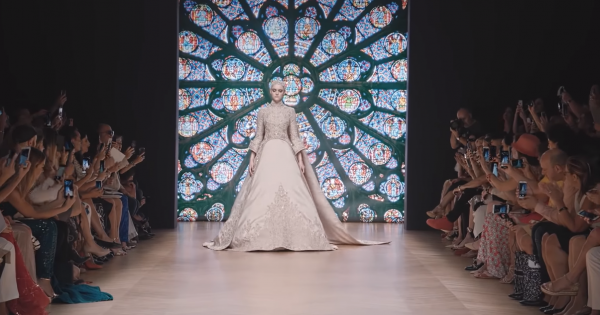 Tony Ward Couture, Fall Winter 2018/19 Fashion Show, Paris