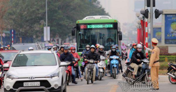 Xe buýt nhanh BRT Hà Nội đầu tư lớn, hiệu quả kém