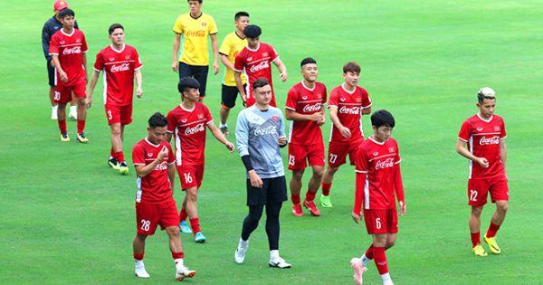 Công Phượng lập công, tuyển Việt Nam ngược dòng thắng Seoul FC