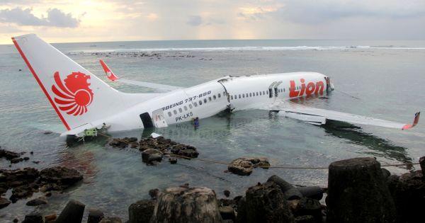Vụ rơi máy bay Indonesia JT610: Giám đốc kỹ thuật của Lion Air bị sa thải