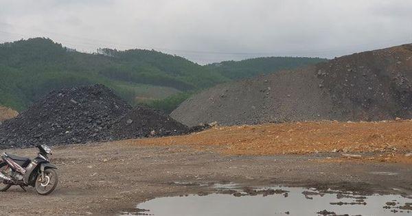 Công trường khai thác than trái phép: Đội lốt dự án xây nghĩa trang