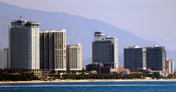 Nha Trang đề nghị tạm dừng xây nhà cao tầng vì nhiều hệ lụy