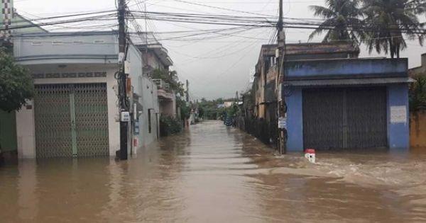 Thủ tướng yêu cầu tập trung ứng phó, khắc phục hậu quả mưa lũ ở Nam Trung bộ