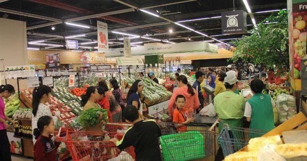 """Giá thực phẩm, rau quả ở TPHCM """"nhảy vọt"""" sau bão số 9"""