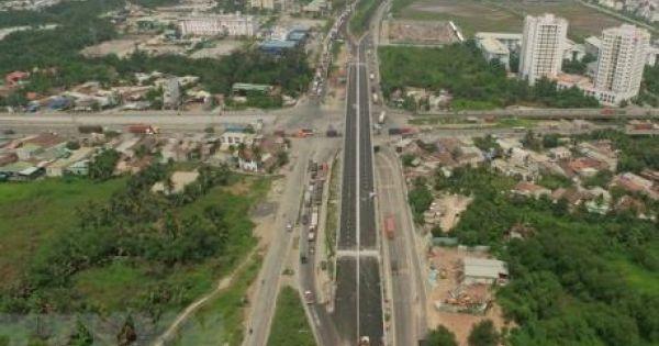 """Hà Nội: Thêm nhiều dự án bãi đỗ xe, trường học vào """"tầm ngắm"""" thu hồi"""
