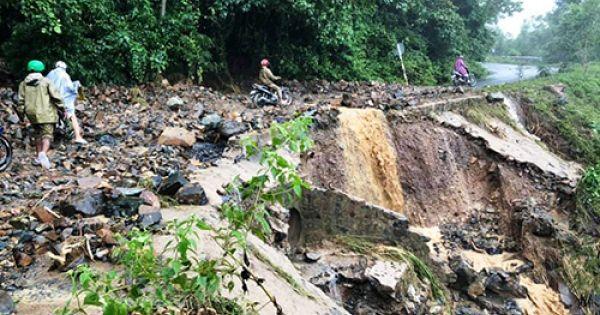 Khánh Hòa thiệt hại gần 400 tỷ đồng do bị sạt lở kép