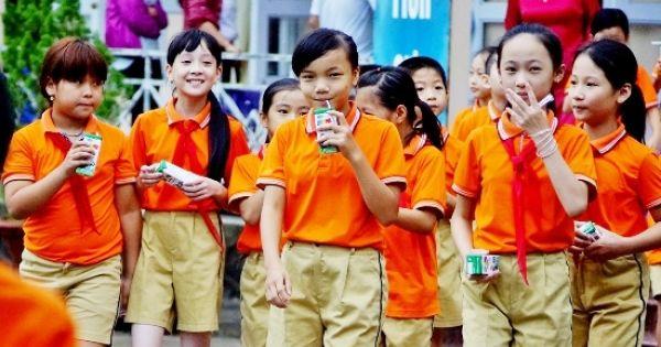 """Vinamilk trúng thầu, chương trình """"Sữa học đường"""" của Hà Nội triển khai từ 1/1/2019"""