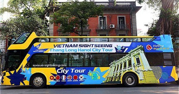 Hà Nội có thêm ba xe buýt mui trần 20 tỷ đồng