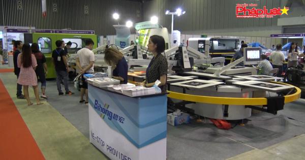 Nhiều máy móc chuyên ngành công nghiệp được giới thiệu tại TP HCM