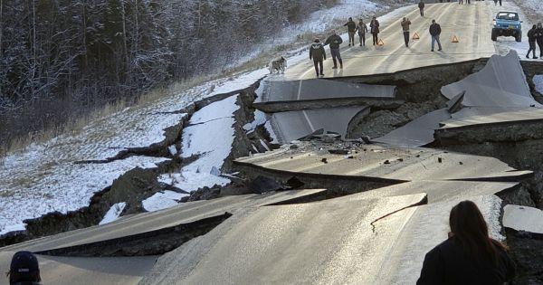 Mỹ: Động đất mạnh 7 độ richter ở bang Alaska gây thiệt hại nặng