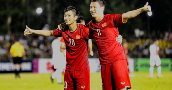 Chiến thắng 2-1 trước Philippines nhưng HLV Park vẫn cho rằng Việt Nam không hoàn hảo