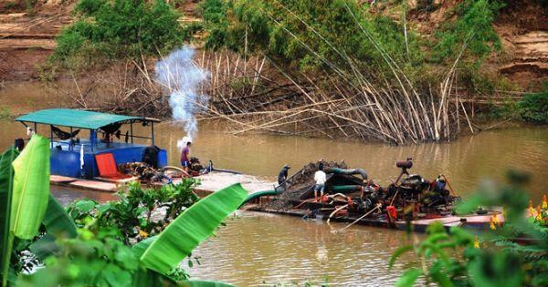 Lâm Đồng thu hồi nhiều giấy phép khai thác cát trên sông Đồng Nai