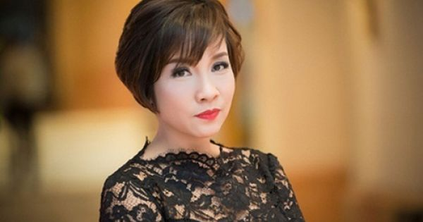"""Ca sĩ Mỹ Linh ngồi ghế nóng """"Ban nhạc Việt"""""""