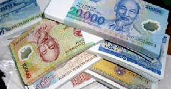 """Dịch vụ đổi tiền lẻ lì xì Tết """"hét"""" phí tới 400%"""